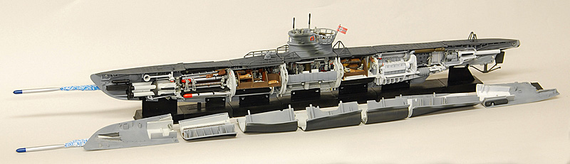 Wwii german u boat from the ins for Deutsches u boot typ xxi mit interieur